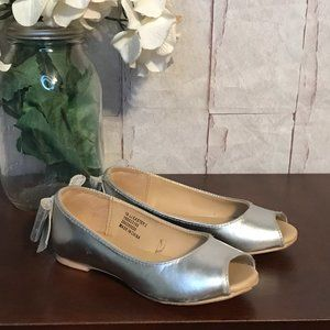 Janie & Jack   Toddler Girls 10   Silver Shoes